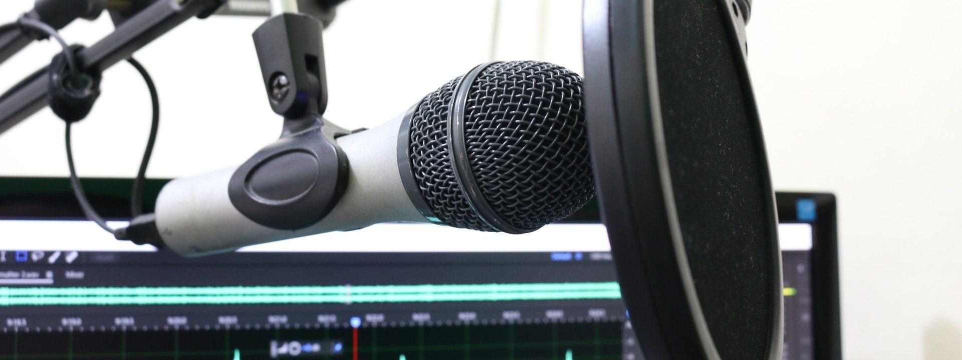 Mikrofon im Aufnahmestudio